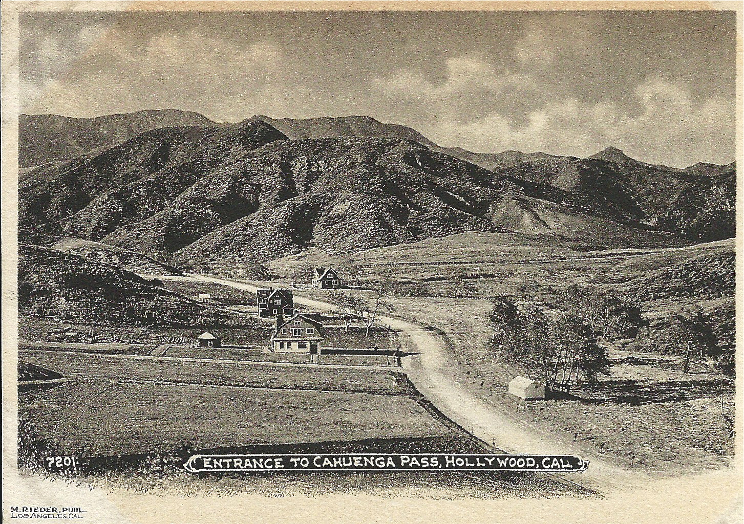 Entrance to the Cahuenga Pass from the south
